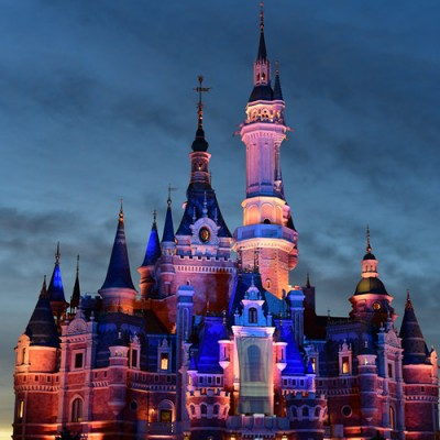 shanghai disney castle 1